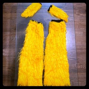 Faux fur leg and hand warmers